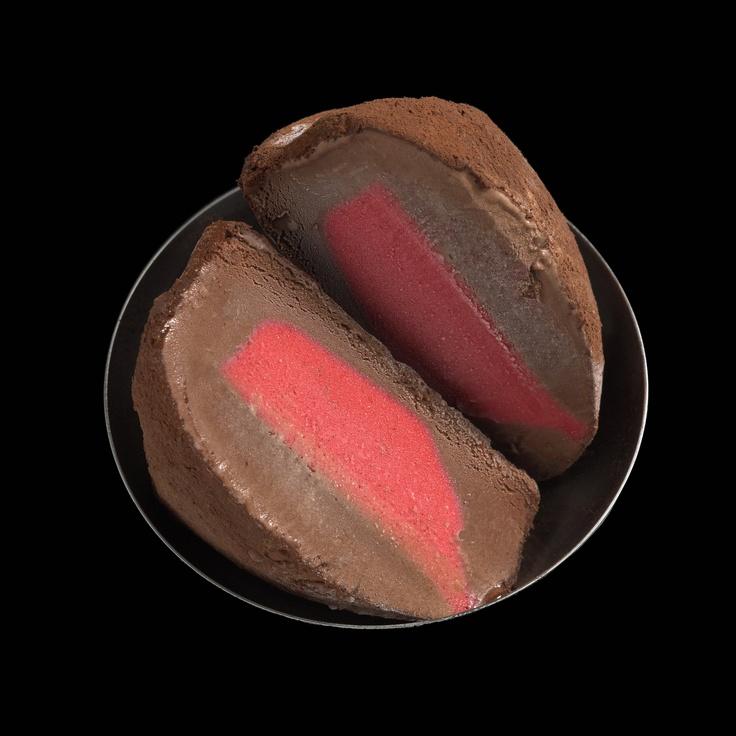Raspberry Sorbet centred in Dark chocolate.