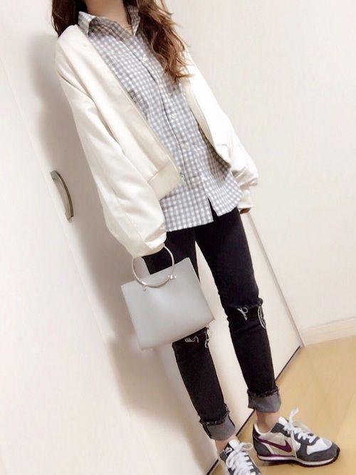 GU多めw ホワイト春カラー♡♡♪ サテンブルゾン、メタルチョーカー men'sチェックシャツがGU