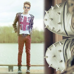 Topman Tee, Topman Trousers, Diy Spiked Boots, Diy Studded Leather Jacket