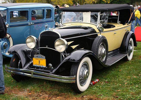 1930 Chrysler Model 77 dual cowl phaeton:
