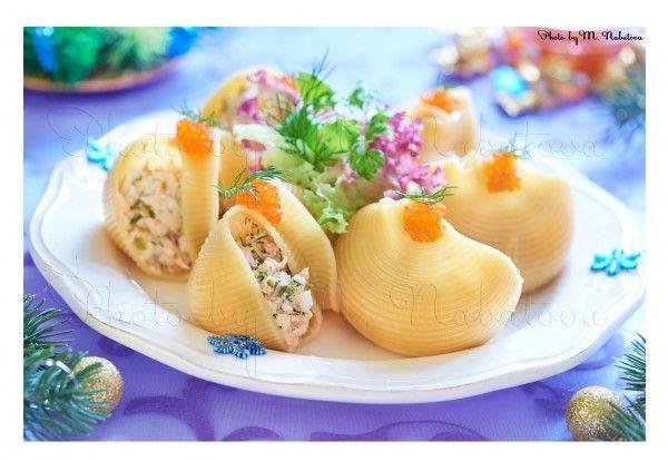 Лумакони, фаршированные салатом из семги - Beautiful food | Красивая еда