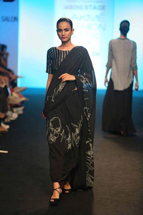 skull print chiffon saree