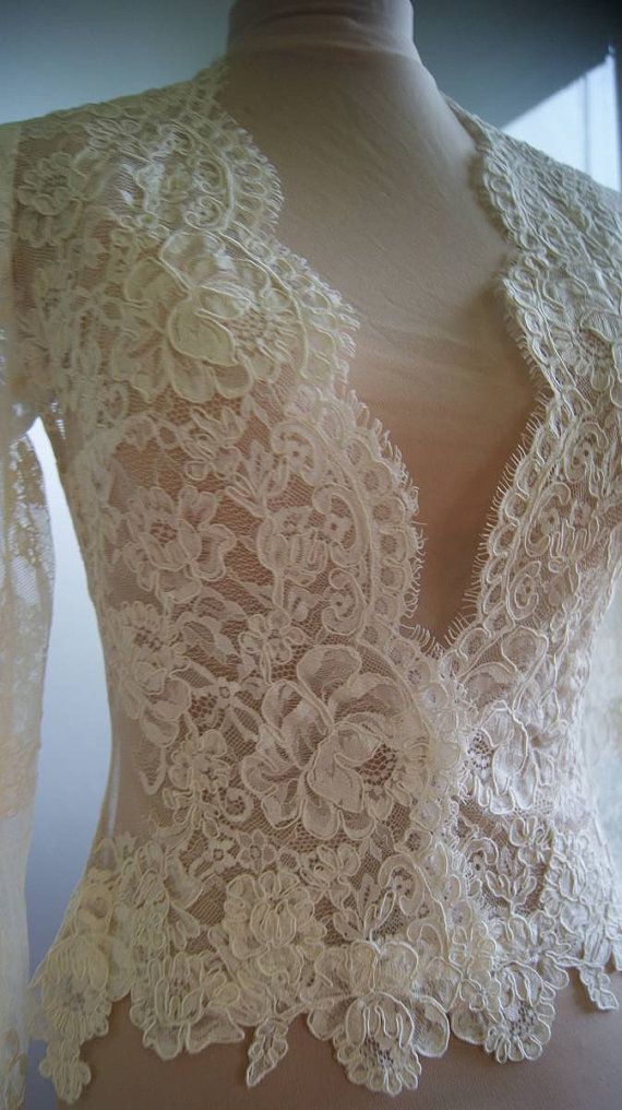 Wedding bolero-jacket of lace long sleeveshort sleeve by TIFARY