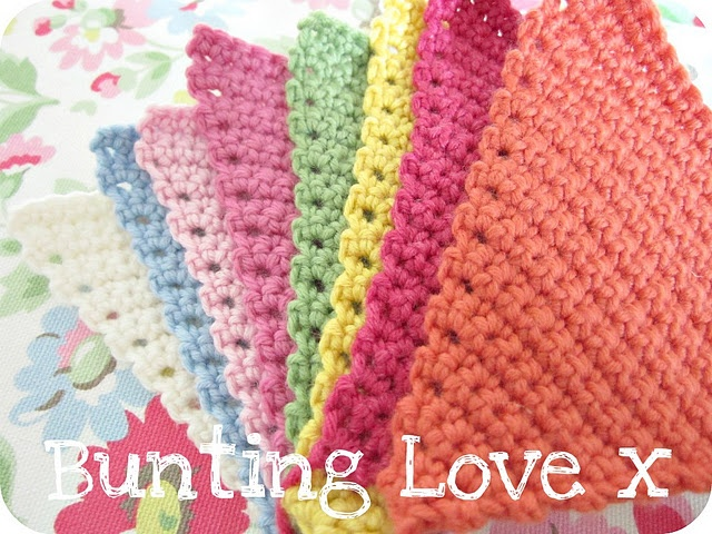 Crochet bunting...LOVE!Crochet Ideas, Crochet Projects, Knits Crochet, Inspiration Ideas, Crochet Buntings Lov, Things, Crochet Pattern, Crochet Knits, Yarns Crochet