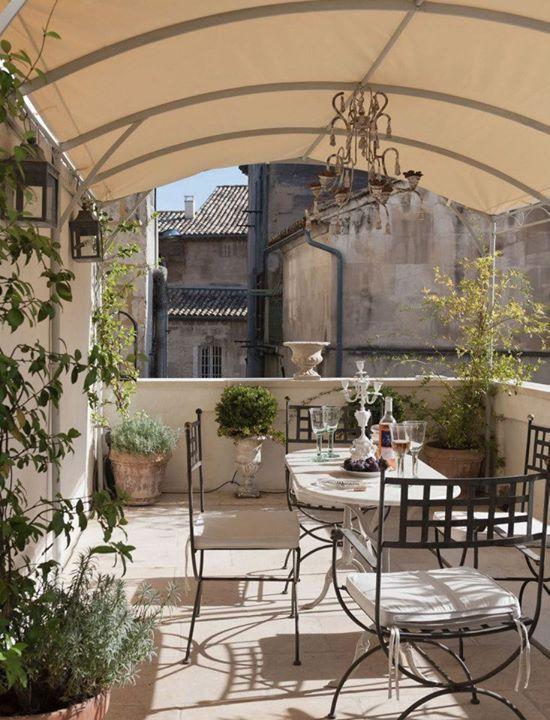Terrace outdoor dining area back yard pinterest for Decoraciones de patios y terrazas
