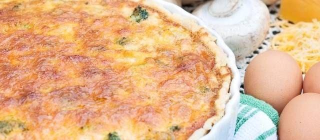 Betrooien met een oude kaas kan natuurlijk ook en een beetje Italiaanse kruiden erover strooien is ook een optie .Er zijn dus meerdere mogelijkheden maar het...