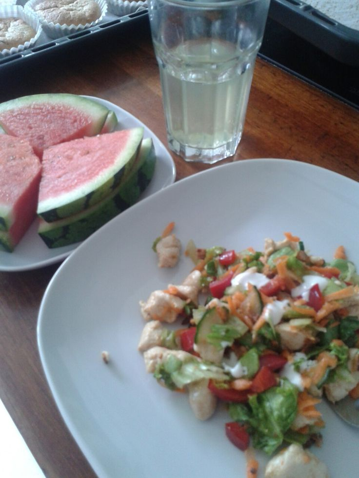 Salat, watermelon and my magic water for lunch ;)