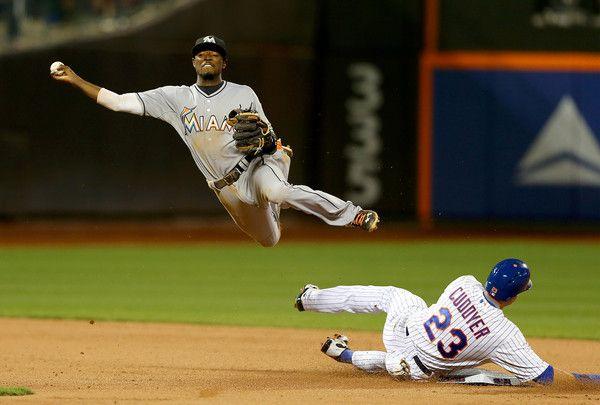 Dee Gordon Photos: Miami Marlins v New York Mets