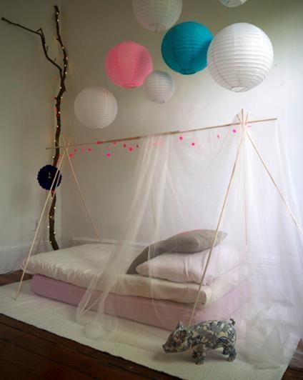 quelques accessoires pour un lit simple mais tellement poétique