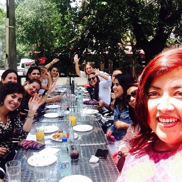 como no todo puede ser trabajo en nuestros almuerzos nos divertimos mucho igual.....#inibep #weddedu