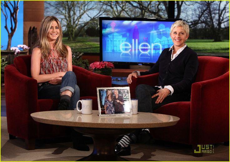Jennifer Aniston: Stop with the Adoption Rumors!   jennifer aniston ellen degeneres show 01 - Photo
