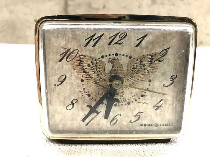 General Electric GE Model 7400 Bicentennial Eagle Electric Alarm Clock #GeneralElectric