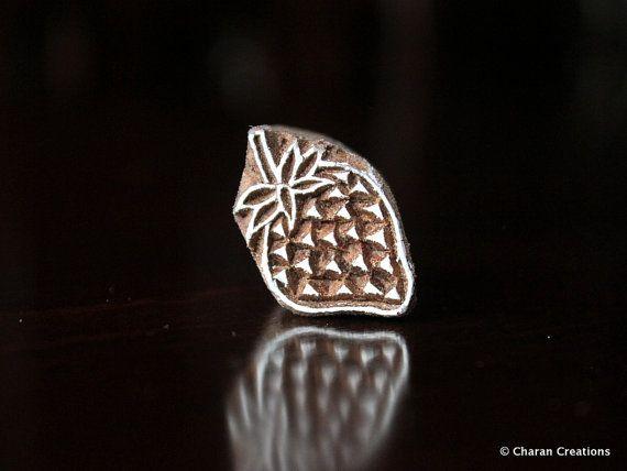 Soap stamp, ceramic stamp, textile stamp, Indian wooden stamp, Tjaps-Tiny Strawberry   – BLOCK PRINT ME