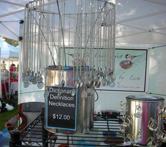 Lamp shade frame + paint can: Sweet 360-degree necklace display! {craft booth setup}
