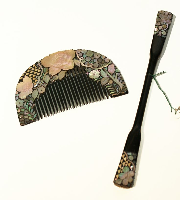 Antique Japanese Comb & Pin