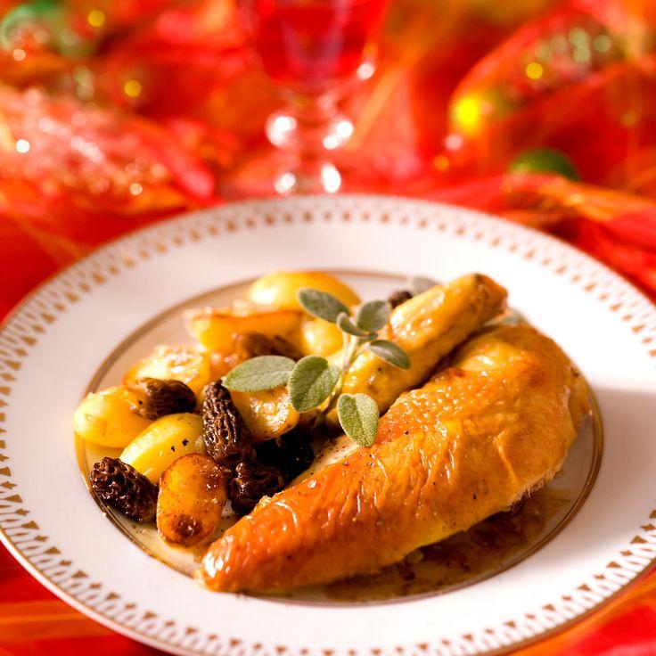Découvrez la recette Poularde rôtie aux morilles sur cuisineactuelle.fr.