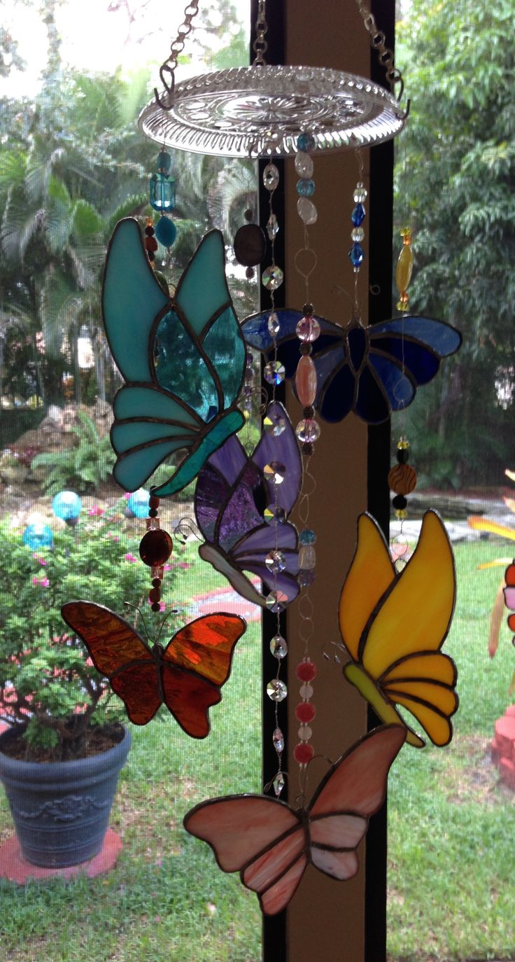 Stained glass butterflies wind chime - Nancy Marquis                                                                                                                                                     More