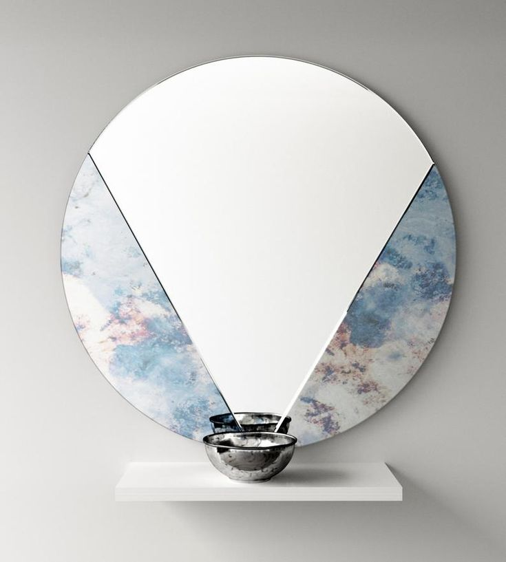 Art Deco Antiqued Mirror. Antiqued Deco glass mirror. Perfect hanging wall mirror for a chic interior. 1920s and 1930s style mirror
