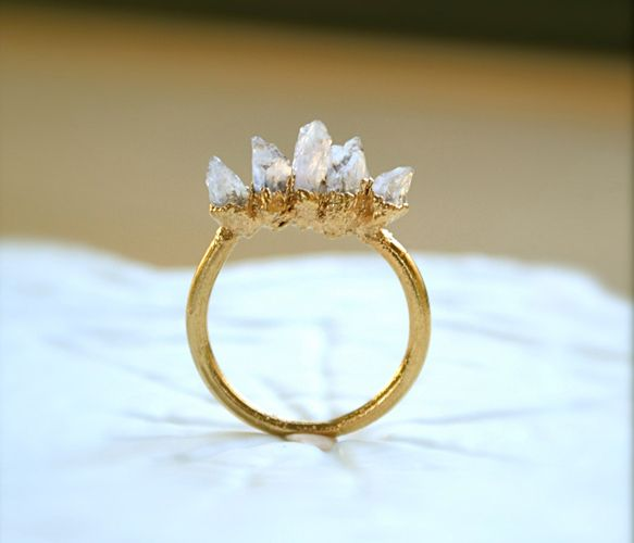 the prettiest ring.Amethysts Spikes, Style, Spikes Rings, Spikes Gold, Gold Rings, Jewelry, Jewels, Raw Beautiful, Accessories