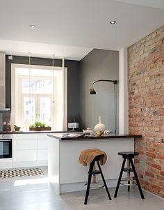 25 beste idee n over klein appartement keuken op pinterest klein appartement versieren - Idee outs semi open keuken ...