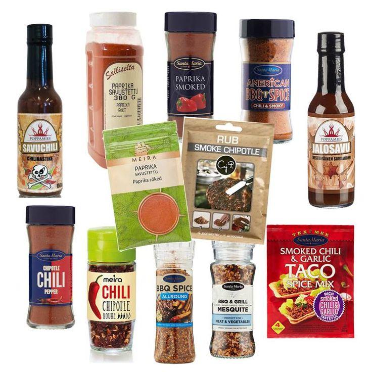 Savuista makua ruokiin saa mausteita käyttämällä.  Savupaprika, nestesavu ja savustettu chipotle-chili sopivat tosi hyvin esim. seitaniin, soijapihveihin/suikaleisiin/rouheeseen, tofuun, vegepekoniin, levitteisiin, keittoihin, papupatoihin, tortillatäytteisiin ja kikherneisiin.  Myös useilla grilli- ja marinointikastikkeilla on savuinen vivahde.