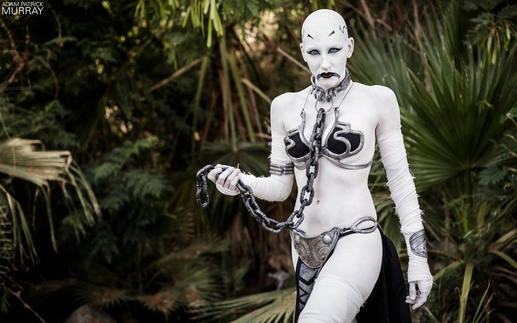 Slave Leia/Ventress mashup, Star Wars, by Anna Von Winter, photo by Adam Patrick Murray.