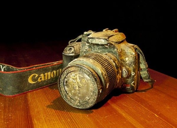 Canon EOS 1000D washes ashore in BC, Canada, SD card reveals it was lost at sea for over a year