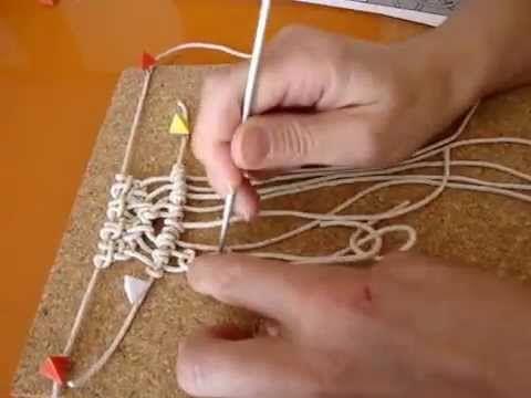 ENCONTRARÁS TODOS NUESTROS VÍDEO TUTORIALES AQUÍ: http://www.youtube.com/user/TuteateTeam Tutorial paso a paso para aprender a hacer un macetero colgante de ...