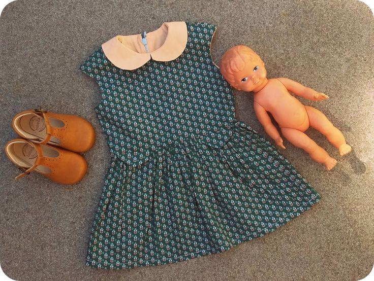 Ik maakte voor de eerste keer een Tinny dress , lang nadat iedereen met een (naai)blog al van die mooie jurkjes maakte.   Het eerste is ee...