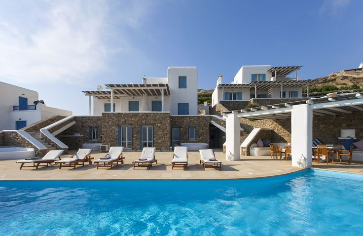 Our Mykonos luxurious pool villa offers the image that a visitor has always wanted to experience: watching the endless Aegean Sea and the blue sky, while standing in the infinite swimming pool and ...