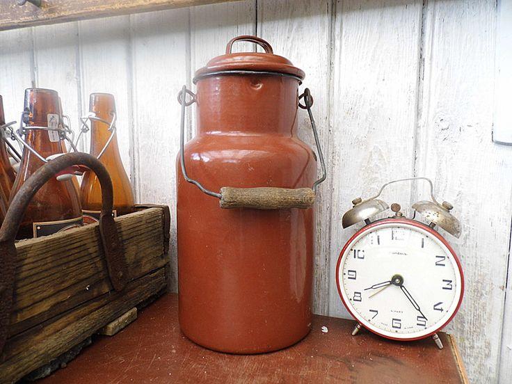 Vintage #Milchkanne ♥ #shabby ♥ braun von Gerne Wieder.GbR auf DaWanda.com #brocante #countryliving #cottagechic #Landhauschic