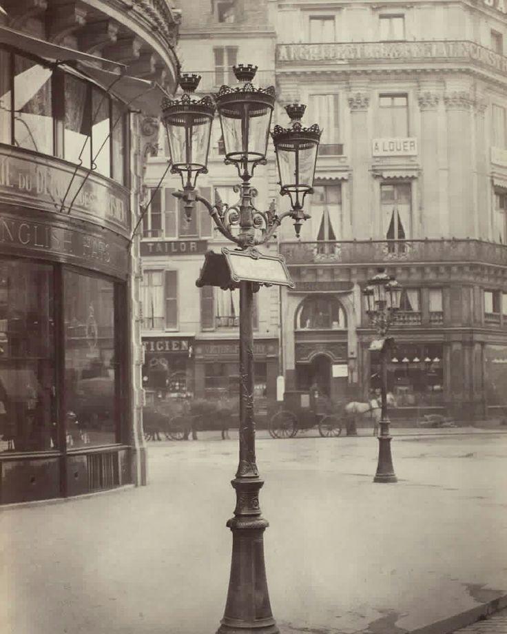 Gas Lamps of Paris, 1877-1878, Charles Marville. #paris #19century #citiesoldphoto