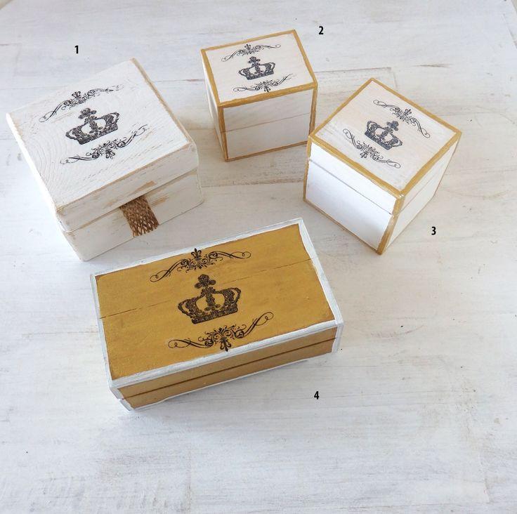 Pequeñas cajas para anillos  de boda o regalo de CAMALEONGOGO en Etsy https://www.etsy.com/es/listing/262022624/pequenas-cajas-para-anillos-de-boda-o