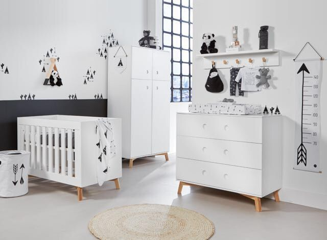 baby dump kinderzimmer bibkunstschuur. Black Bedroom Furniture Sets. Home Design Ideas