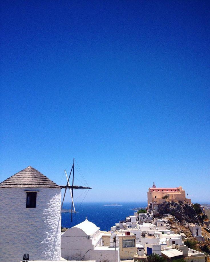 Syros island (Σύρος)☀️. Stunning Blue sky & sea at Ano Syros village !!