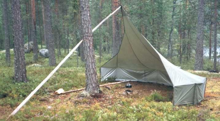Reflective tarp bushcraft shelter! NICE!!