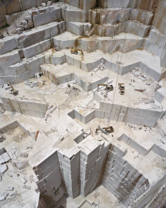 Burtynsky - Manufactured Landscapes