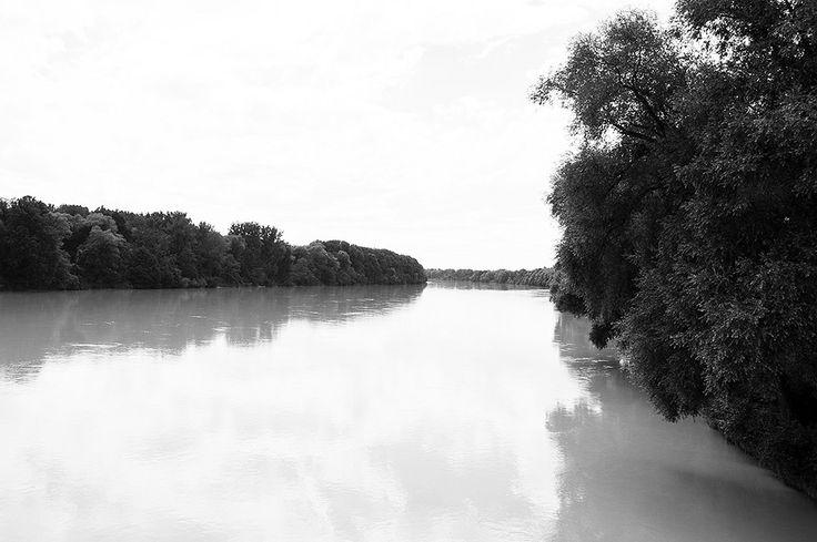 https://flic.kr/p/P7rW45 | Border Simbach am Inn-Braunau am Inn - Inn river - 1 | Pictures by Björn Roose. Taken in Simbach am Inn (Deutschland) and Braunau am Inn (Österreich) in August 2016.