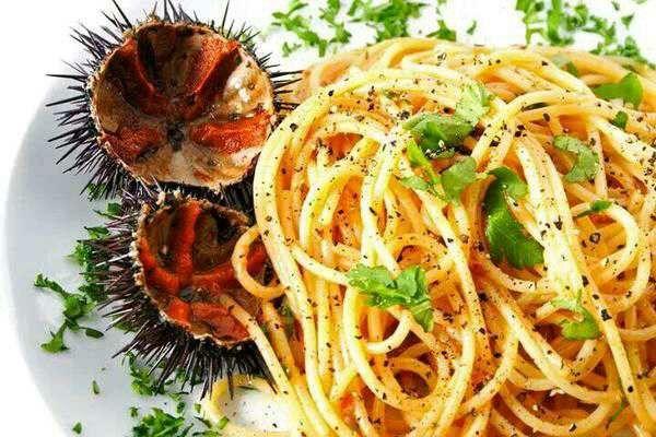 Spaghetti ai ricci di mare.