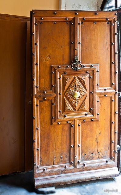 Porte ancienne de Barcelonnette datant de 1738.
