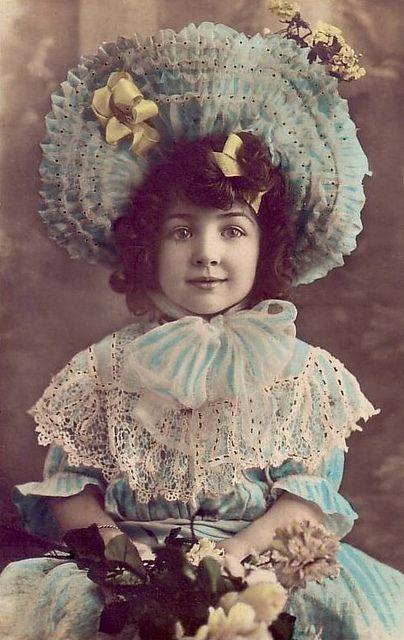 """Tell me this darling Edwardian image doesn't instantly make you think of the children's nursery rhyme """"Little Miss Muffet""""? :) #cute #Edwardian #child #girl #bonnet #hat #dress #flowers #spring"""