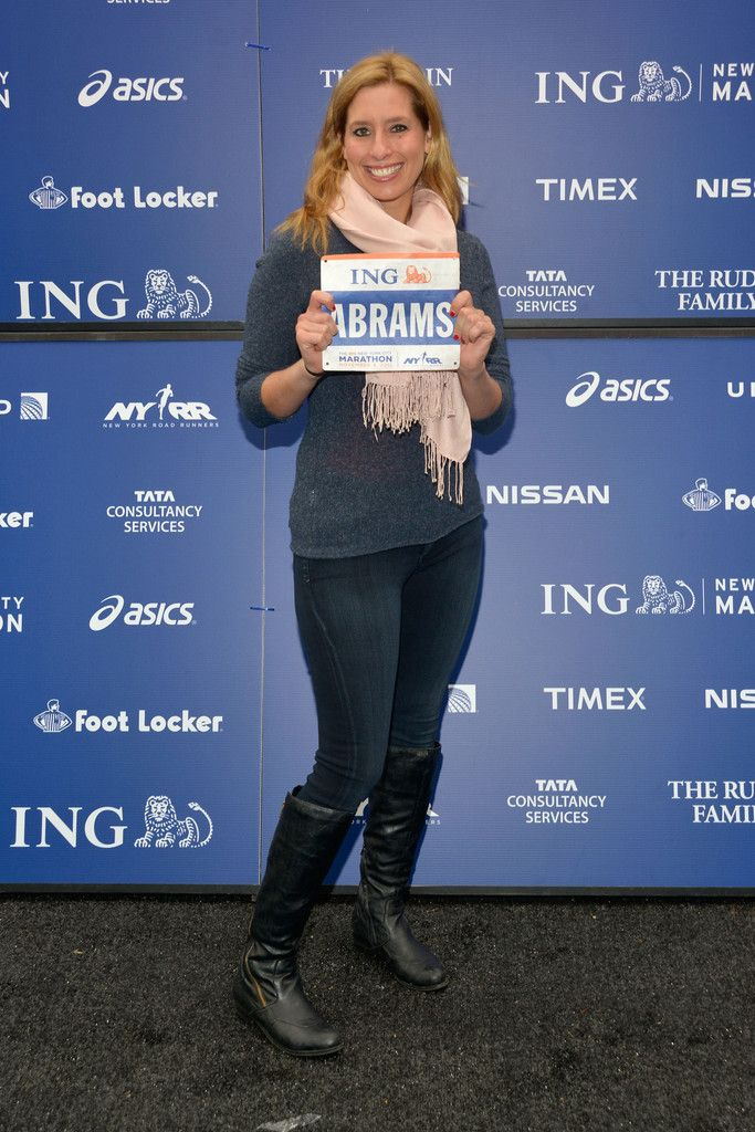 Stephanie Abrams  Photos: 2012 ING New York City Marathon Celebrity Runners Photo Call