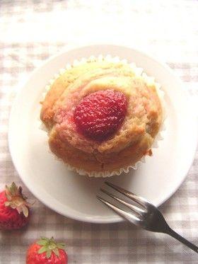 Strawberry Jam Muffin 苺ジャムで簡単♪苺のマフィン
