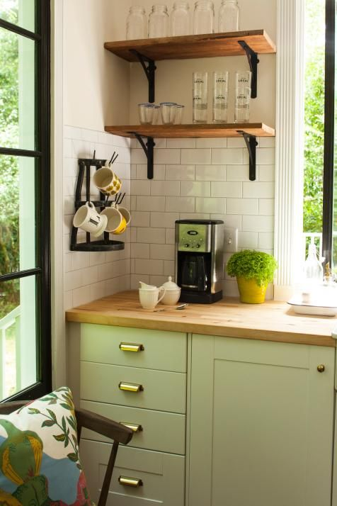 Rustic Farmhouse Kitchen | Home Remodeling - Ideas for Basements, Home Theaters & More | HGTV