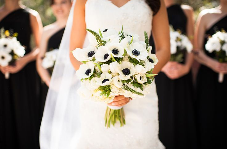 Black and white anemone bouquet // photo by Laura Yang Photography