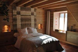 j aime le cote bois et le plafond