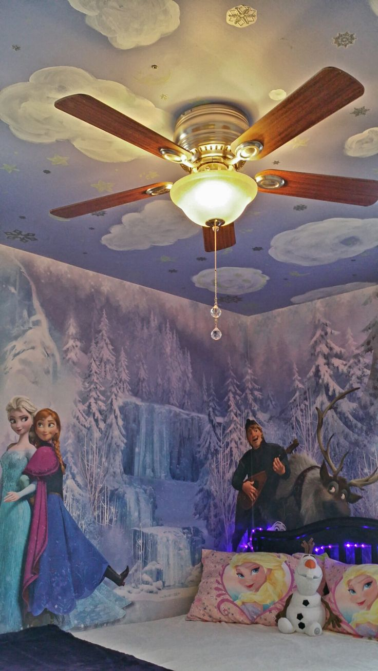 Frozen inspired bedroom - Need To Keep This So I Dont Forget What It Looks Like Girls Frozen