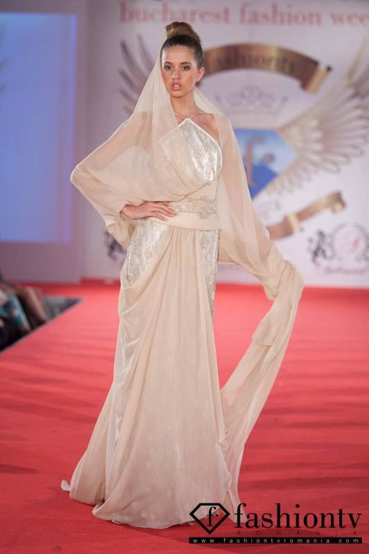 Modello Koh-I-Noor, Bucarest Fashion Week