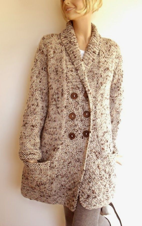 Handknit by Pilland | comfortable looking!