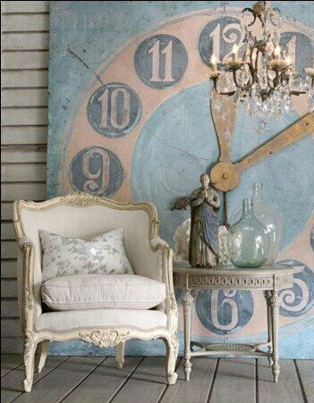 wall clock decor...this is FABULOUS  Looks like something you'd see at RoundTop